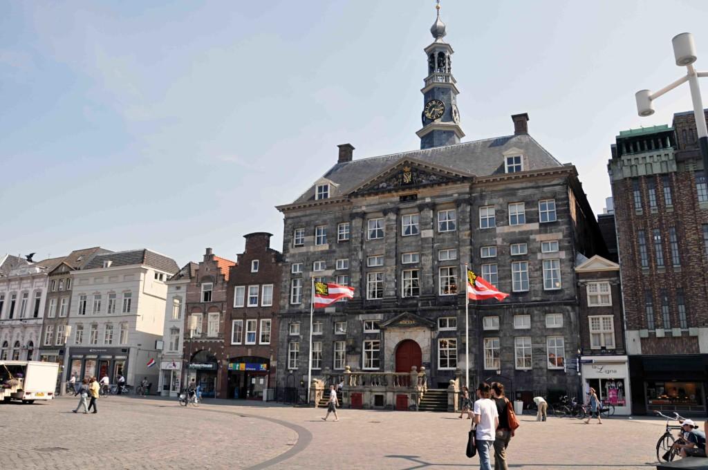 Het stadhuis van Den bosch